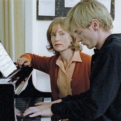 نمایی از فیلم معلم پیانو میشائیل هانکه la pianiste 2001
