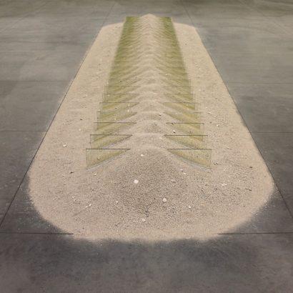 آنری میشو، رابرت اسمیتسون، آنیش کاپور، هنر مکان ویژه، هنر معاصر